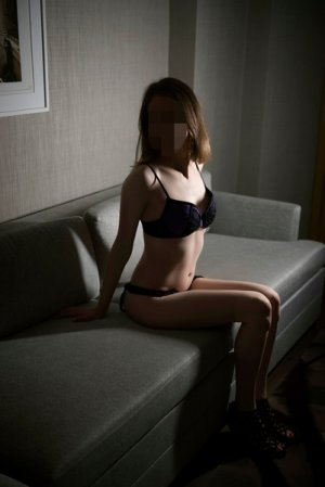 Muriele escorts services in Martinez CA